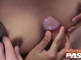 Thai Babe Gives Hot Blowjobs And Has Sex in Bali